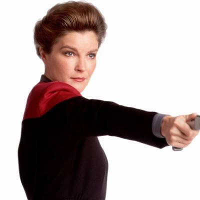 Kate Mulgrew talks Voyager and how a Janeway return is low on her priorities